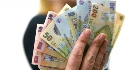 Lovitură pentru bugetari! Se amână creşterile salariale promise?