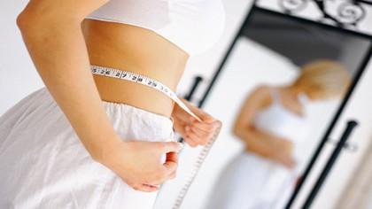 Țineți dietă? Ați putea rămâne fără vedere dacă nu respecați această regulă! Care este cea mai corectă dietă