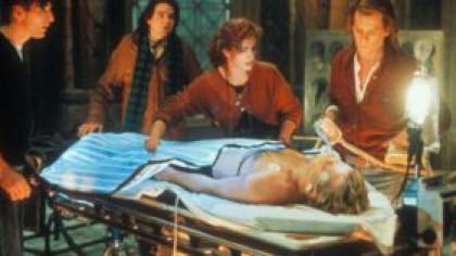 Descoperire șocantă! Persoanele declarate moarte pot auzi confirmarea propriului deces şi...
