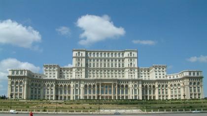 De ce Palatul Parlamentului se mai numește și Casa Poporului?