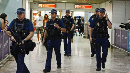 ȘOCANT! Captură pe aeroport. Cocaină ascunsă în interiorul unei femei