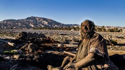 Cum arată omul care nu s-a mai spălat de 60 de ani!