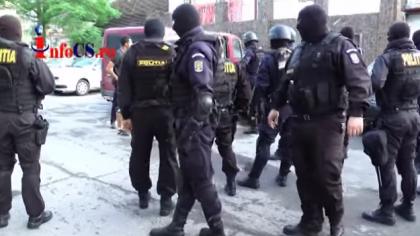 Scandal mostru intre doi vecini, o crestina practicanta si un IT-st, din Cluj! Tipetele partenerei i-au dus la disperare pe vecini.