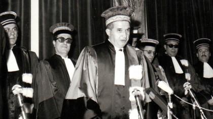 """Cum a luat Ceaușescu diplomele de BAC și de licență: a devenit """"intelectual"""" peste noapte"""