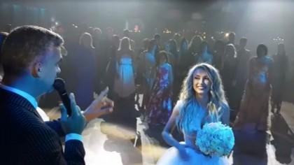 Cine este vedeta care a prins buchetul aruncat de mireasa Andreea Bălan! Urmează încă o nuntă în showbiz!
