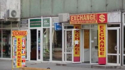 Surpriză la casele de schimb valutar! Ce îi așteaptă pe români
