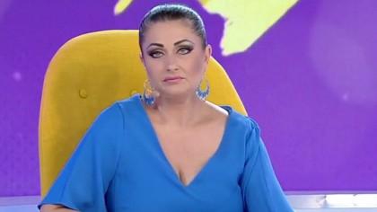 Ce rușine! Gabriela Cristea, cu lenjeria intimă la vedere! Ce a pățit
