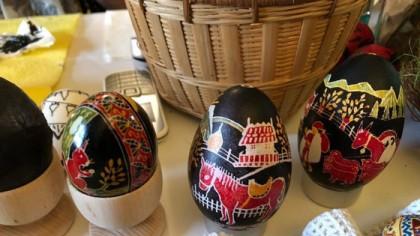 Poliţia Română spune că poţi merge la părinţi să le duci produse pentru masa de Paşte