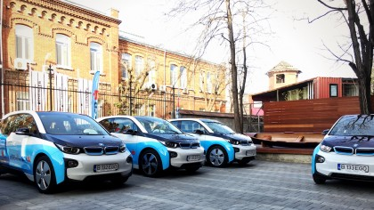BCR pune la dispoziţie maşinile din flota de car sharing electric către spitale şi personalul medical
