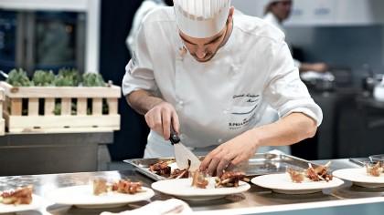 Restaurante din Londra pregătesc gustări pentru personalul medical implicat în lupta împotriva coronavirusului