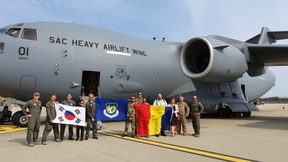 Al treilea transport aerian cu echipamente medicale din Coreea de Sud a ajuns în România
