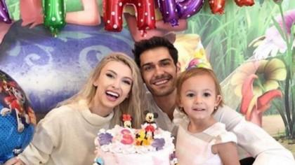 Minciuna pe care i-a spus-o Andreea Bălan fiicei ei despre divorțul de George Burcea! 'Tati asta face'